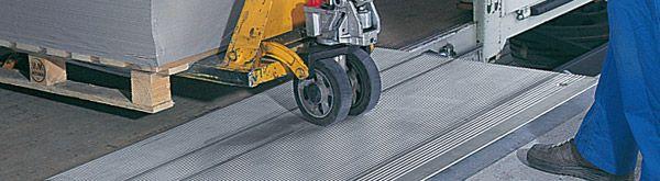 Alu-Überfahrbrücke, B 1250 mm, Tragkraft 4000 kg